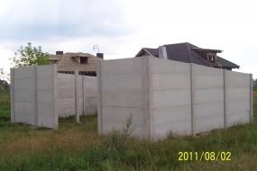 GARAŻ Z PŁYT BETONOWYCH (Poznań, wielkopolskie, Polska) - Zakład betoniarski Piotr Pietrzyk Koziegłowy