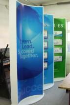 standy/prezentery - Produkcja reklam świetlnych Wołomin