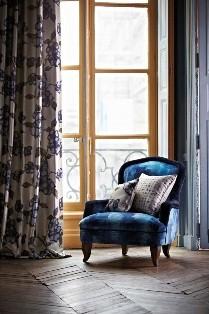 fotele sofy kanapy oświetlenie tkaniny zas�ony szycie