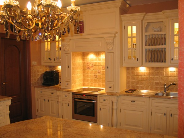Meble na zamówienie, Kuchnie na wymiar, kuchenne, gabinet, sypialnia – Fabryk