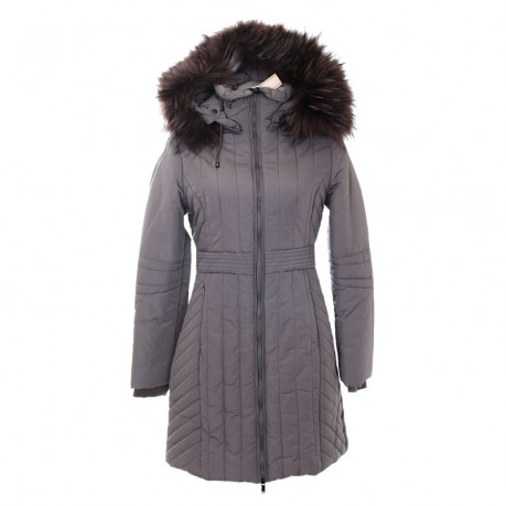 Kurtki zimowe skutecznie ochroni przed nieprzyjemnym zimnej, przenikliwym wiatrem, a często także przed niechcianą grypą.W sklepach z odzieżą damską znaleźć można wiele propozycji? różniących się fasonem, krojem, kolorem i sposobem wykonania.