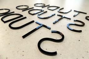 Litery z plexi, litery z pcv, litery z Dibondu, szablony - AREK Agencja Reklamowa Mińsk Mazowiecki
