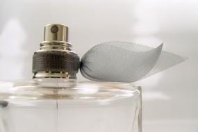 Perfumy dla kobiet - Oriflame Poland z o.o. Biuro Regionalne Rypin