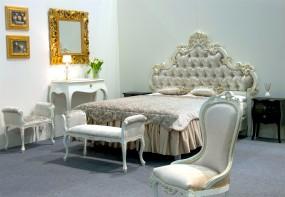 Łóżko z tapicerowanym zagłówkiem - GREEN VALLEY Radomsko