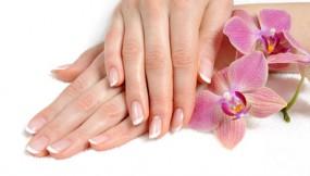 Manicure hybrydowy, tytanowy - Depilacja Laserowa i Salon Kosmetyczny Dotyk Piękna Kraków