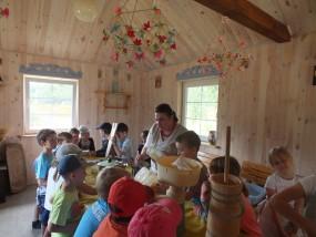 Zajęcia edukacyjne dla dzieci - Gospodarstwo Agroturystyczne DOLINA BOBRÓW Siennica