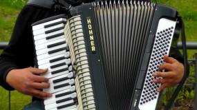Strojenie akordeonów - Strojenie i naprawa akordeonów Lutoryż