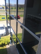 Mycie okien i przeszkleń na wysokości. - VERSA SYSTEM Szamotuły