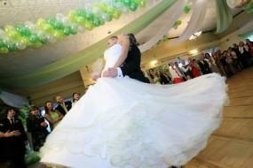 pierwszy taniec, taniec towarzyski - SACADA Studio Tańca i Dekoracji Ślubnych Kalna