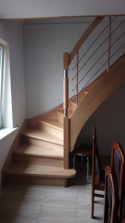 Bukowe schody