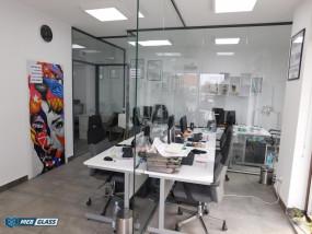 Montaż szklanych ścianek biurowych - Mebglass Biłgoraj