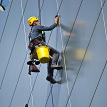 Prace na wysokościach - Czysty Serwis Rzeszów