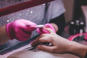 Stylizacja paznokci - Wyczesz Wymaluj Sylwia Barszcz Olsztyn