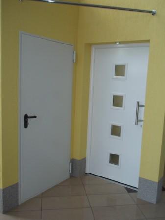 Ekspozycja: drzwi...