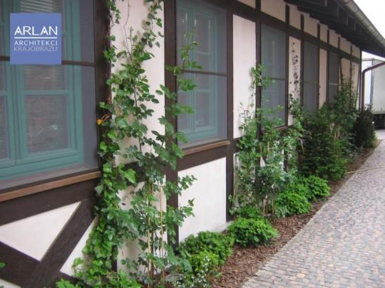 Ogród przy Hotelu...