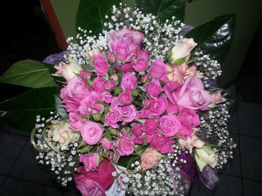 125. Różowe róże