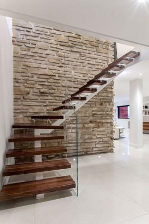 schody na stalowej...