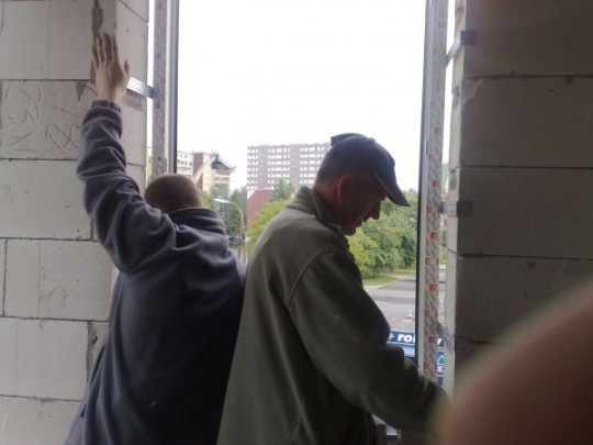 Montaż okien...