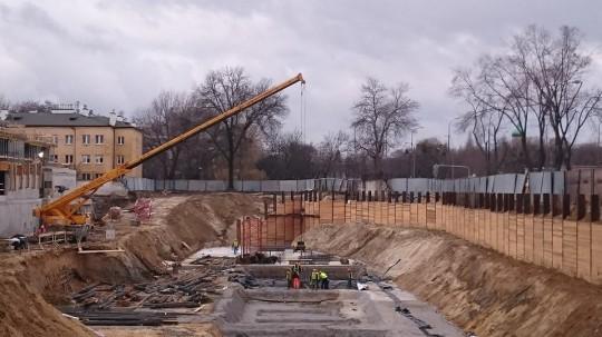 Dźwig żuraw 35 ton...