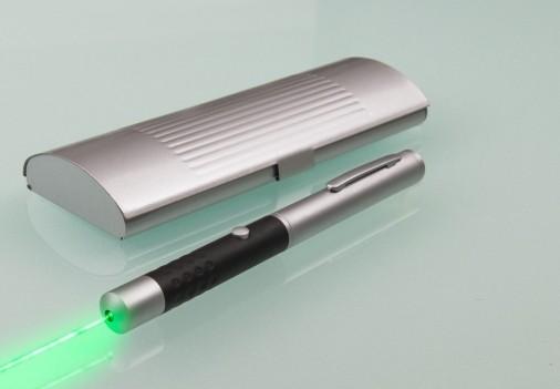 wskaźnik laserowy...