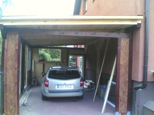 Garaż lub wiata na...