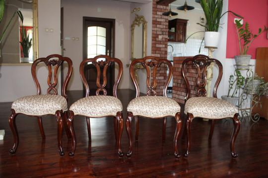Renowacja krzeseł...
