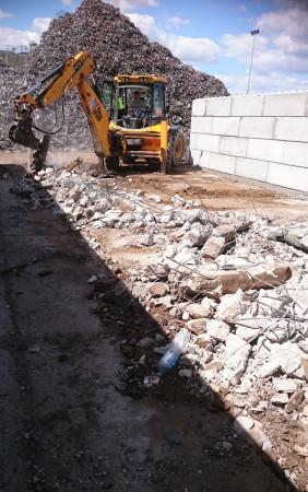 Wyburzenie muru...