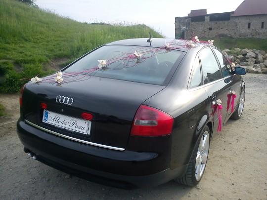 Udekorowane Audi A6...