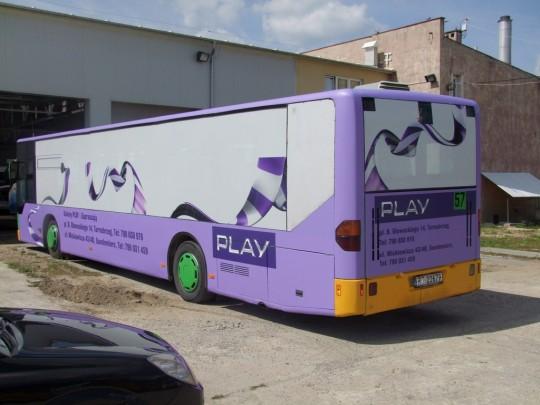 Oklejony autobus -...
