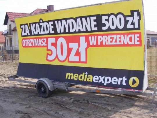 Reklama mobilna dla...