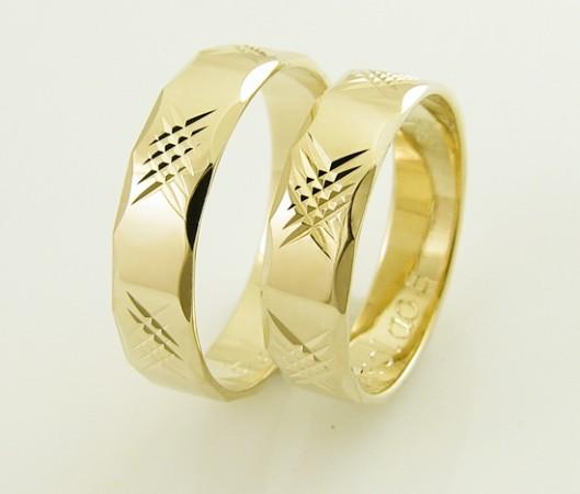 Fasetowane złote...