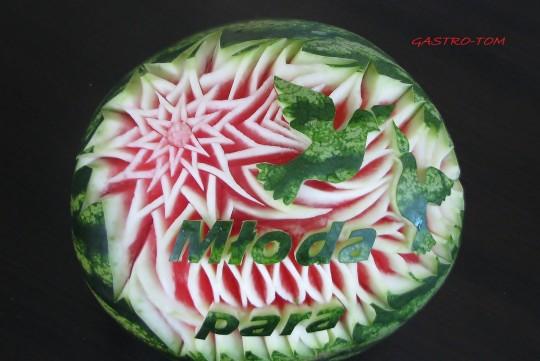 Carving w owocach i...
