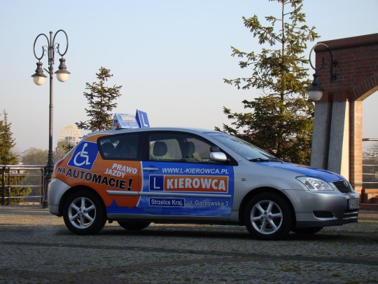 Toyota Corolla -...