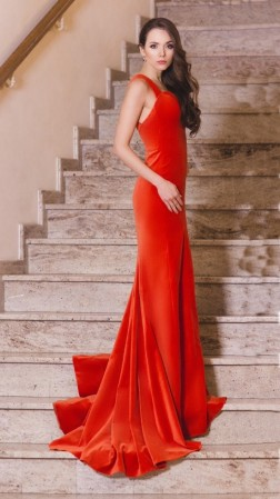 Luksusowa czerwona...