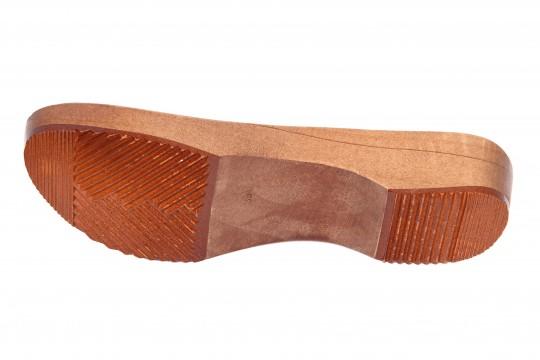 Spody drewniane