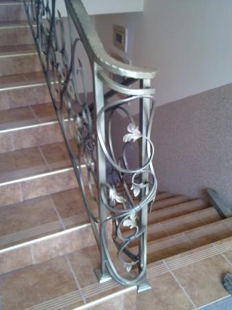 schody patyna