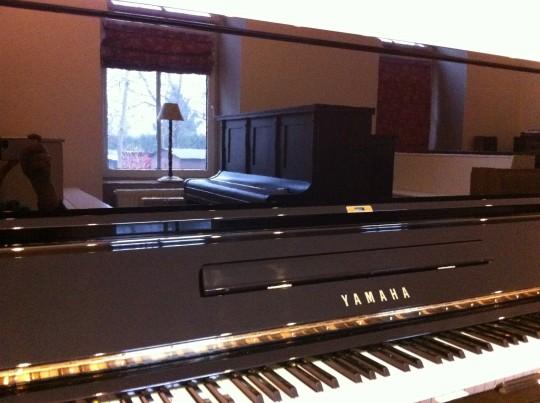 Pianino Yamaha U3...