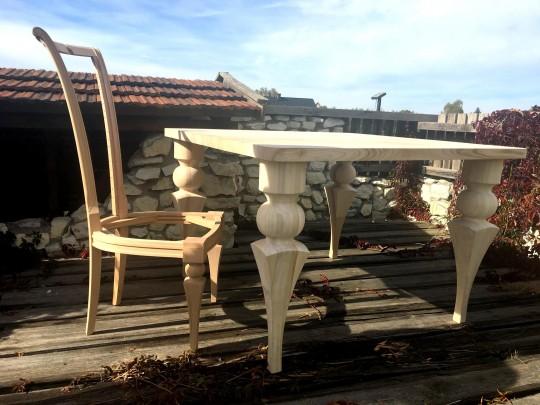Drewniany stół,...