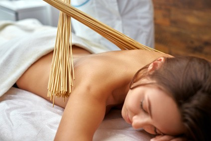 masaż bambusami i...