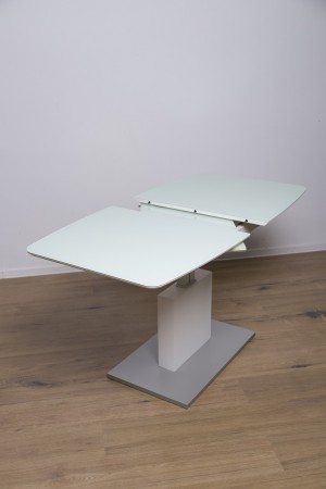 samorozsuwane stoły...