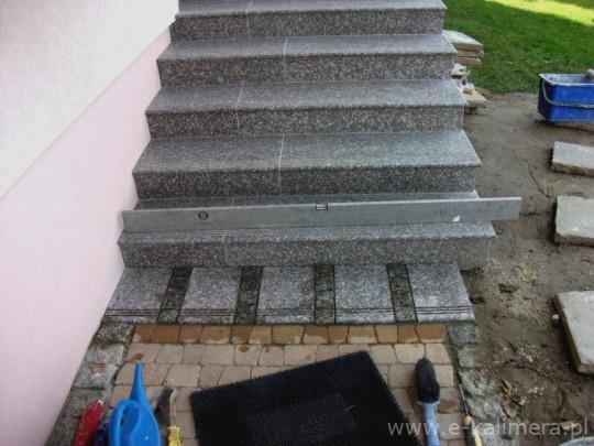schody granitowe...