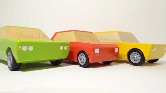 drewniane auta...